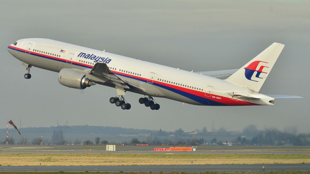 malaysia_airlines_plane_taking_off_jt_140308_16x9_992