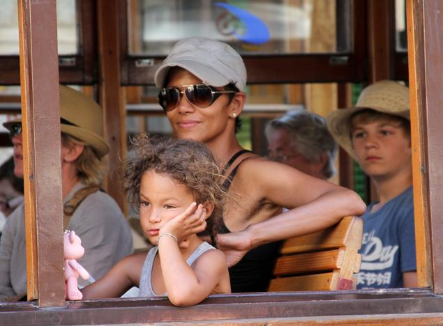 halle berry and daughter