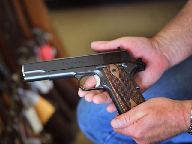 handgunWEB_20110908124451_640_480