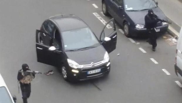 gunmen2015-01-07t163243z1390912148gm1eb18013801rtrmadp3france-shooting-attack