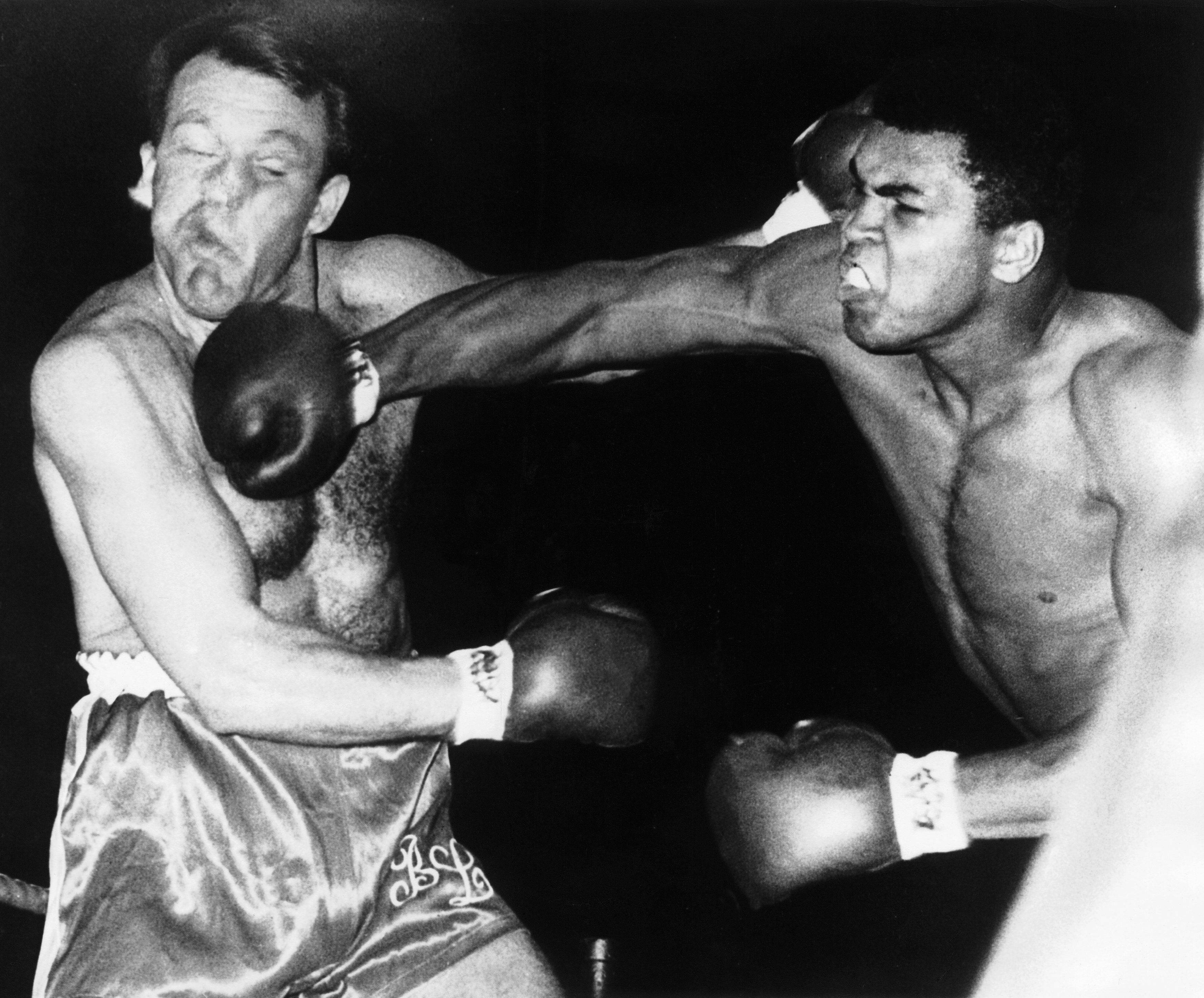 Muhammad Ali Vs Brian London In 1966