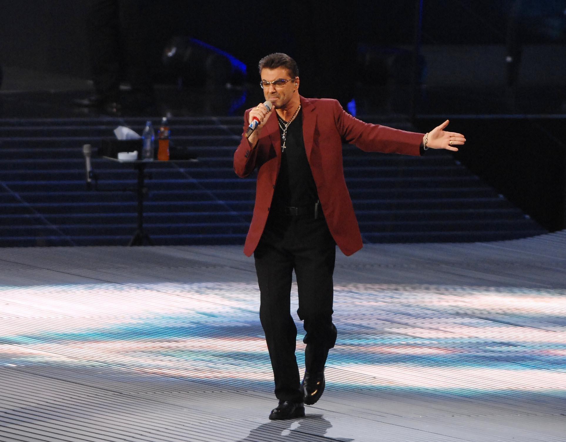 Uk - Gerorge Michael Performs at Wembley Stadium