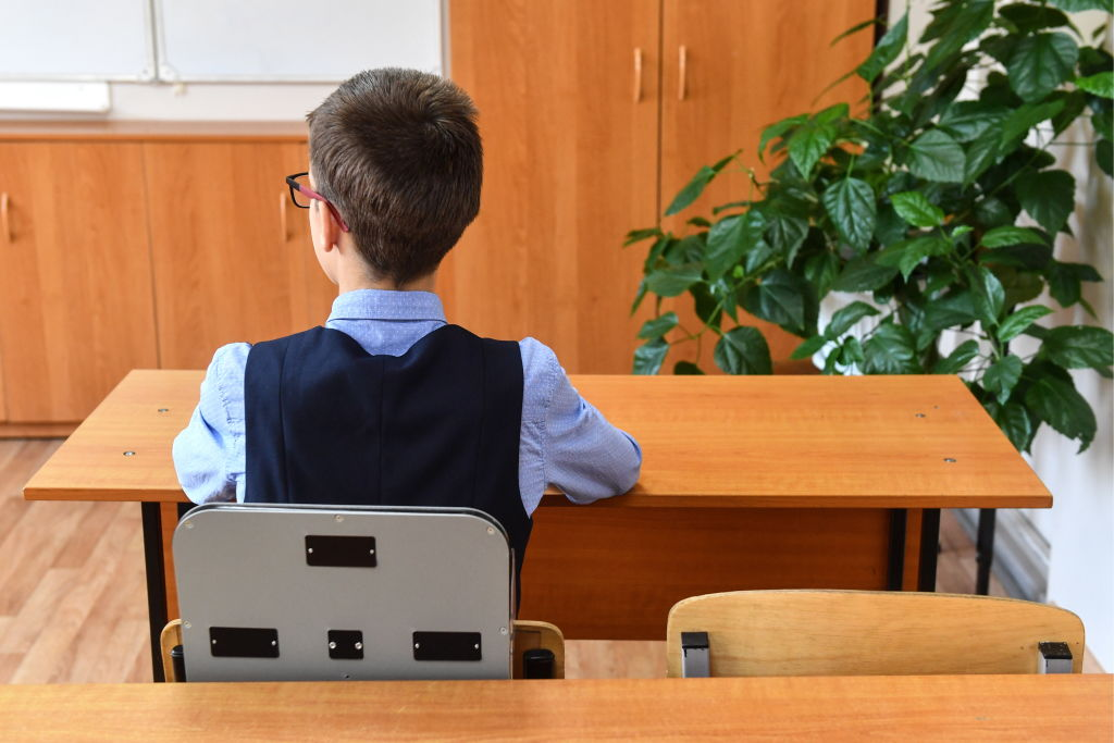 Schoolboy from Novosibirsk invents smart chair to control back posture