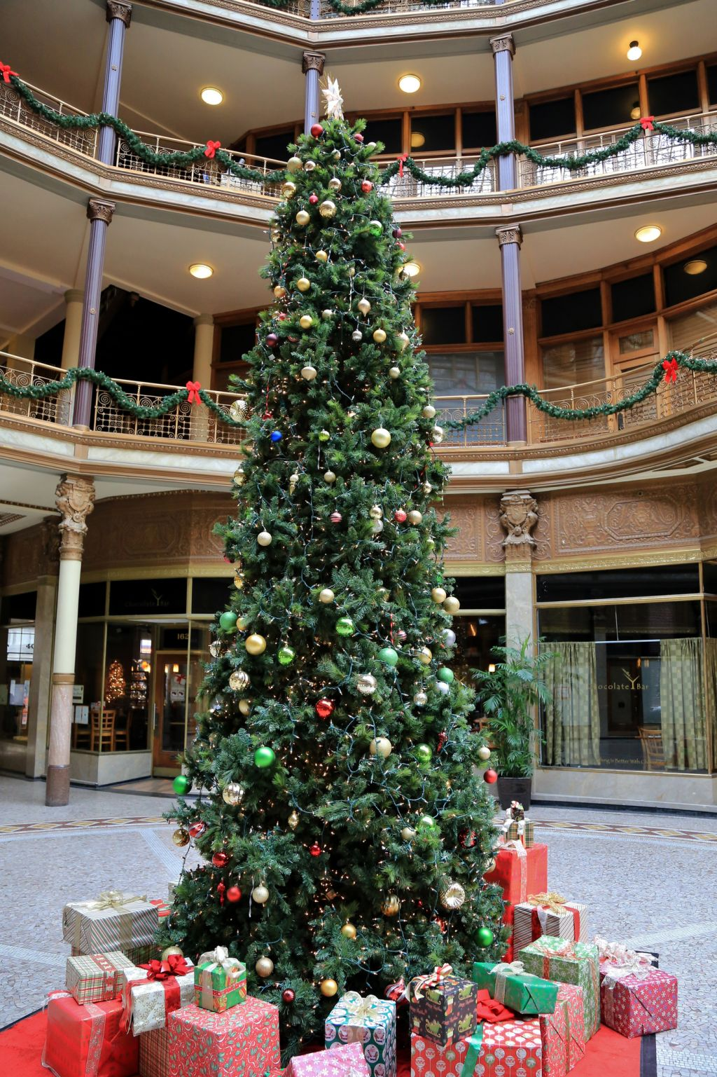 Christmas at the Historic Euclid Arcade retail shopping, Cleveland, Ohio, USA