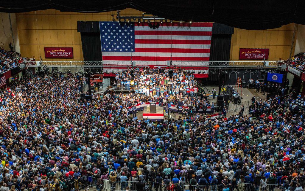 US-POLITICS-VOTE-DEMOCRATS-SANDERS