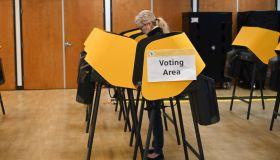 US-POLITICS-VOTE-DEMOCRATS-PRIMARY